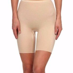 Spanx Hide & Seek Mid Thigh Smoother NWT